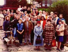 Entire cast and crew - Last of the Summer Wine - television's longest running sit-com. And, no violence, no vulgarity, nothing but laughs and giggles. British Sitcoms, British Comedy, Last Of Summer Wine, Uk Tv Shows, Wine Images, Great Comedies, Bbc Tv, Comedy Tv, Great British