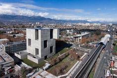 Alejandro Aravena|Elemental, Centro de Innovación UC Anacleto Angelini Santiago, Cile