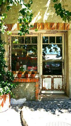 Saint Paul de Vence. Boho shop. Provence