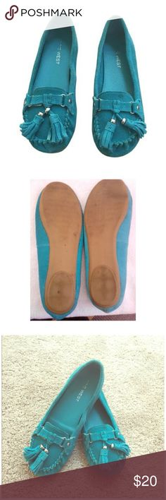 Nine West Turquoise Suede Moccasins Tassels 7.5 Great looking and super comfy suede moccasins with tassel. Gorgeous color too! Nine West Shoes Moccasins