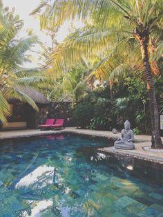 beach comber dina robin (71) Eleonore Bridge, Garden Design, House Design, Backyard Paradise, Outdoor Spaces, Outdoor Decor, Guinness World, Pool Designs, Mauritius