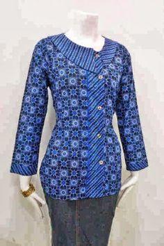 Baju Batik Blouse Batik, Batik Dress, African Print Fashion, African Fashion Dresses, Mode Batik, Kebaya Modern Dress, Shirt Collar Styles, Lehenga Saree Design, Fancy Kurti