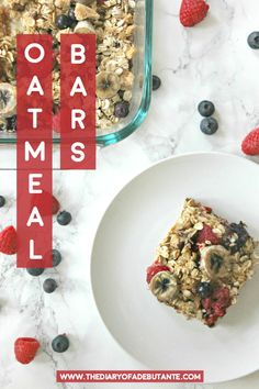This easy breakfast recipe is perfect for meal prepping! These delicious and low calorie oatmeal bars are made with oats, brown sugar, chocolate, berries (raspberries and blueberries), and bananas and can last for up to one week in the fridge  |  Easy Breakfast Recipe: Homemade Oatmeal Bars by southern lifestyle blogger Stephanie Ziajka from Diary of a Debutante #oatmeal #mealprep #breakfast