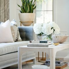 Beach Meets Country Home Coffee Table White Hydrangea