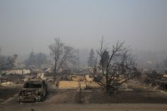 After a wildfire forced the evacuation of Fort McMurray, an oil sands boom town in Alberta, Tyler Hicks, a Times photographer, found scenes of devastation.