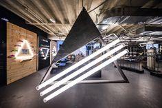 Adidas öffnet Pop-Up-Store für mi adidas im Bikini Berlin - News : Sport ( Adidas Originals, Bikini, Rue Saint Honoré, Retail Branding, Fashion Showroom, Displays, Mall, Sports Shops, Retail Interior