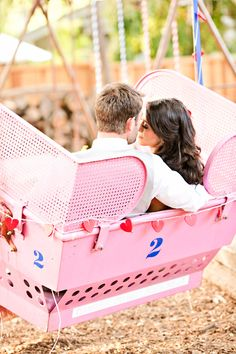 backyard carnival wedding // photo by Brooke Beasley // view more: http://ruffledblog.com/backyard-carnival-themed-wedding