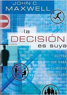 """Cada día tomamos decisiones que nos impactan a nosotros y a los demás para siempre. La decisión es tuya ayuda a los lectores a reconocer las oportunidades para tomar mejores decisiones en 16 aspectos claves de la vida, tales como: """"La actitud es una decisión"""" y """"El carácter es una decisión""""."""