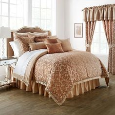 Bring a touch of romanticism into your bedrooms décor with the Waterford Linens Margot Reversible Comforter Set. The beautiful bedding flaunts a light-weight, delectable damask design in shades of pecan brown with a modern, geometric pattern reverse. Versailles, Waterford Bedding, Queen Comforter Sets, Floral Comforter, Luxury Bedding Sets, Modern Bedding, Neutral Bedding, Lineup, Bedrooms