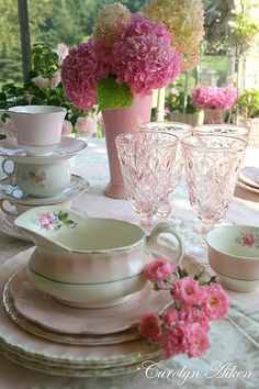Set a pink table