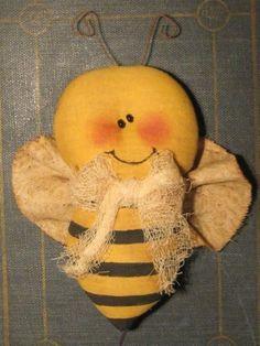 Primitive Bumblebee EPATTERN by OldeAnniePrimitives on Etsy, $4.75