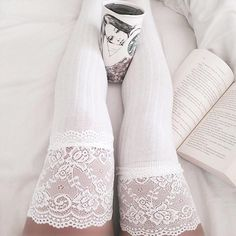 Delilah Floral Lace Thigh High Socks (WHITE)