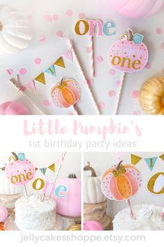 Pumpkin Birthday Parties, Pumpkin 1st Birthdays, Pumpkin First Birthday, 1st Birthday Party For Girls, First Birthday Themes, Fall Birthday, Halloween Birthday, First Birthdays, Birthday Ideas