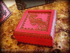 Currant Paisley Chain Henna Box, via Flickr.