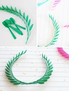 Plastic Spoon Laurel Wreaths