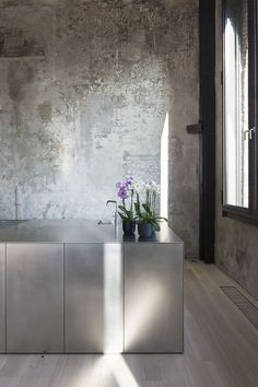 COCOON modern kitchen design inspiration http://bycocoon.com | interior design | inox stainless steel kitchen taps | kitchen design | project design & renovations | RVS design keukenkranen | Dutch Designer Brand COCOON | ILB interieur