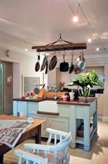An old ladder makes a very effective pot hanger above the island in this country-style kitchen Pot Hanger, Pot Rack, Old Ladder, Residential Architect, Cool Countries, Outdoor Projects, Country Kitchen, Interior And Exterior, Interior Decorating