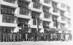 Obchodná akadémia na Račianskej ulici 107, otvorenie 1965 Bratislava, Times, Architecture, City, Building, Arquitetura, Buildings, Architecture Illustrations, Cities