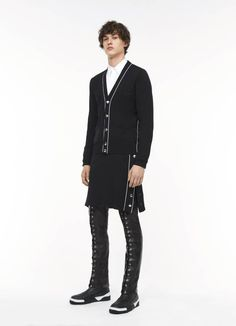 Givenchy Pre-Fall 2017 Collection