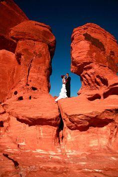 The Best Wedding Photo Shoot Locations in Las Vegas
