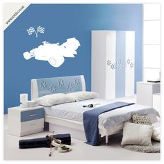 Shoply.com -Formula 1 racing boys bedroom vinyl wall sticker - (weeded and application tape applied). Only £14.99