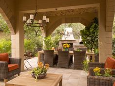 America's Most Desperate Landscape 2014 Outdoor Kitchen, Living and Dining Room >> http://www.diynetwork.com/decorating/americas-most-desperate-landscape-2014-before-and-after-pictures/pictures/index.html?soc=pinterest