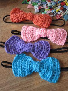 crochet bow headband tutorial (crochet over black headband part)