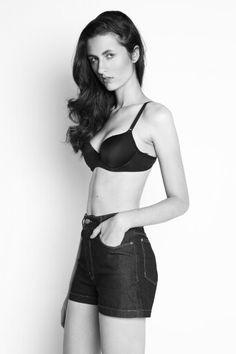 Shooting Fotógrafo:Nicolas Calligaro Beauty e stylist:Lais Patak