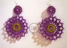 http://berenikehobby.blogspot.it/2013/05/evoking-springtime.html Crochet earrings with beads.