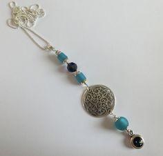 Longkette mit Ornament, Polaris und Swarovski-Perlen in türkis/blau