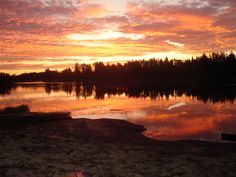 Sunset on the Berens River - Manitoba. its insane to be able to wake up to a sight such as this
