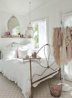 155 beste afbeeldingen van Brocante slaapkamer - Bedrooms, Bedroom ...