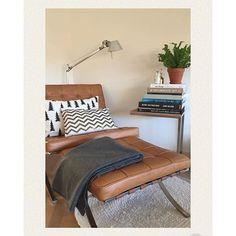 Barcelona Chair, Modern Interior Design, Scandinavian Style, Ottoman, Van, Pillows, Living Room, Table, Furniture