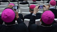 America's Less Religious: Study Puts Some Blame On The Internet// Should read: Study credits the internet