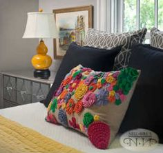Introduce strong colors in your room #nellhills #cheerful #bold