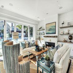 Newport Peninsula Living Room- Blackband Design