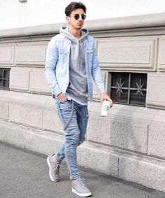 Life-Changing Style Tips for College Men. Gray hooded sweatshirt, denim jacket, jeans, sneaker Click image to view more. Stylish Mens Outfits, Casual Fall Outfits, Men Casual, Denim Jacket Men, Denim Jackets, Men's Denim, Denim Style, Men With Street Style, Men Looks