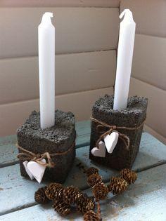 Fru Hansens kreativiteter: betong - its styrofoam candle holders Cement Design, Cement Art, Concrete Crafts, Concrete Wood, White Candles, Pillar Candles, Papercrete, Beton Diy, Jewelry Candles