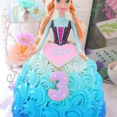 アナのドールケーキ アナと雪の女王ドールケーキ