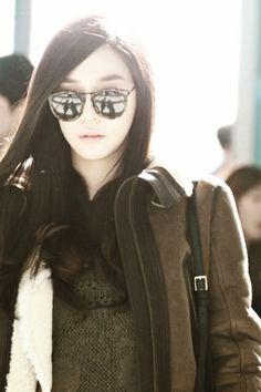 284cb5496da3 Tiffany Hwang Miyoung SNSD Girls  Generation