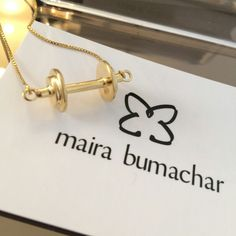 Vem novidade dessa coleção por aí #colar #halteres #pratacombanhodeouro #disponiveisnosite  www.mairabumachar.com.br  #pedidosporwhatsapp (11)997440079