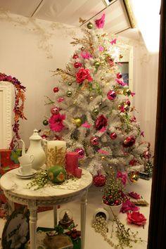 RAIMA en Barcelona, famosa papeleria, objetos de regalo y articulos navideños  Navidad 2012.