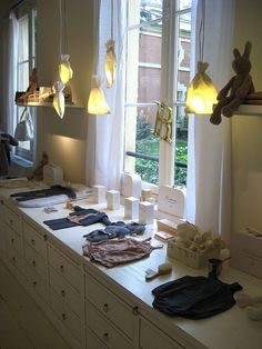 beautiful inspiration (Bonpoint store paris)