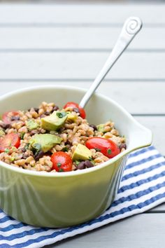 Black Bean and Farro Salad with Cumin-Lime Vinaigrette (Simple Bites) Farro Recipes, Salad Recipes, Vegetarian Recipes, Cooking Recipes, Healthy Recipes, What's Cooking, Vegan Meals, Healthy Snacks, Healthy Eating