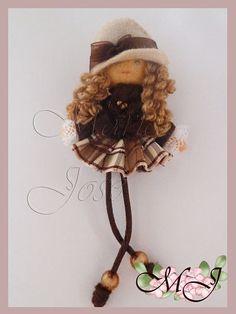 Ballerina Ornaments, Fabric Embellishment, Clothespin Dolls, Felt Brooch, Tiny Dolls, Girls Quilts, Clothes Crafts, Felt Toys, Doll Crafts