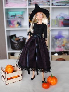 Barbie Halloween, Halloween Fashion, Halloween Dress, Barbie Dress, Barbie Clothes, Dress Up, Barbie Doll, Outfits With Hats, Pink Outfits