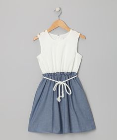 I'm in love with this adorable dress!