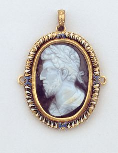 Italian Pendant with Cameo showing a Laureate Head, 16th century (with later addition)