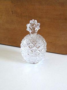 Bonbonnière ou sucrier vintage ananas en cristal années 50