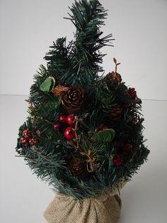 Perfect K nstlicher Weihnachtsbaum im Jutes ckchen cm Tannenzapfen Weihnachten Advent